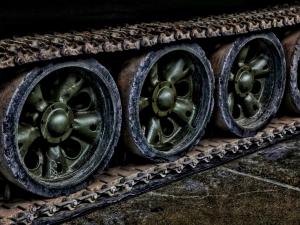 Jack-Tank-Tread