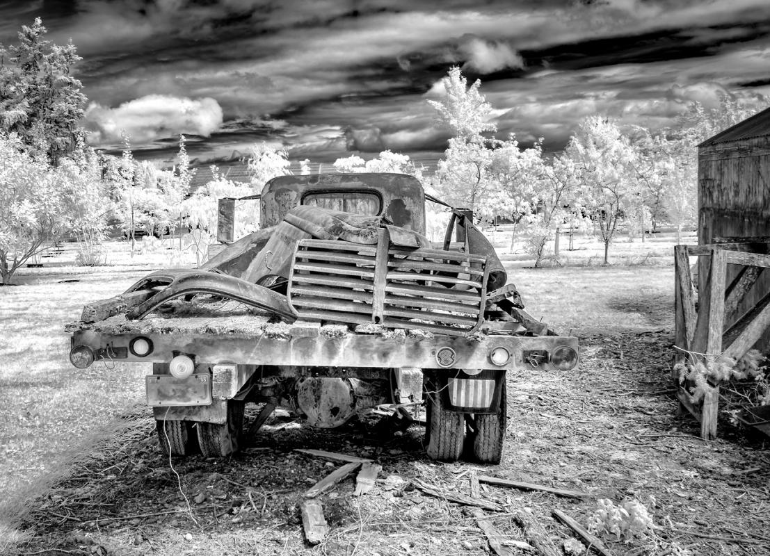 Junk-Truck-Henry-Heerschap